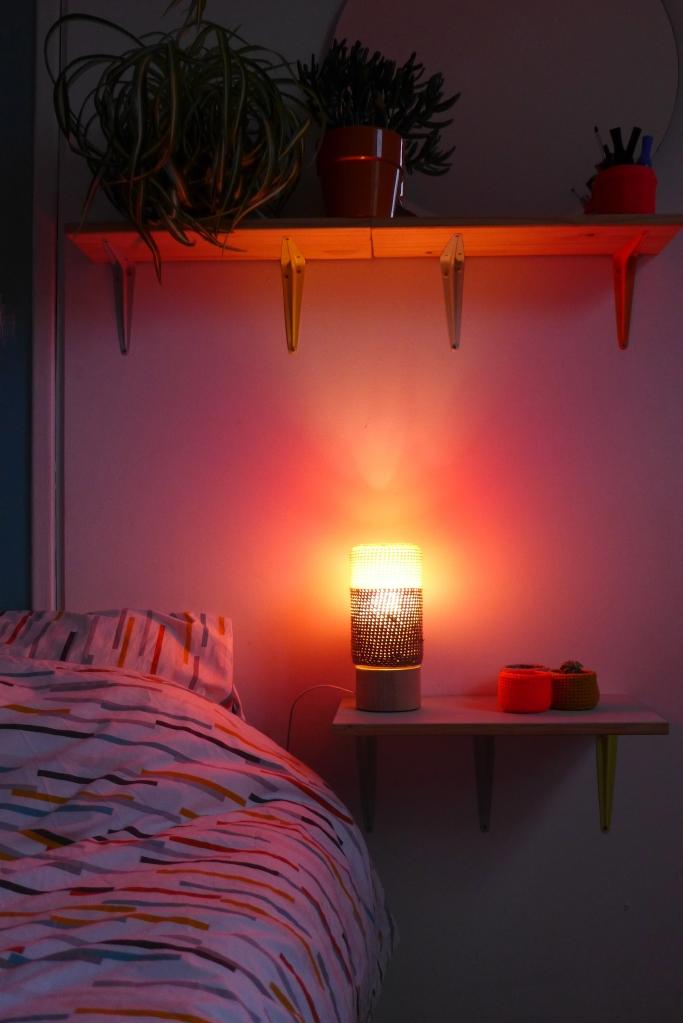Lampe n°1 éclairée ambiance